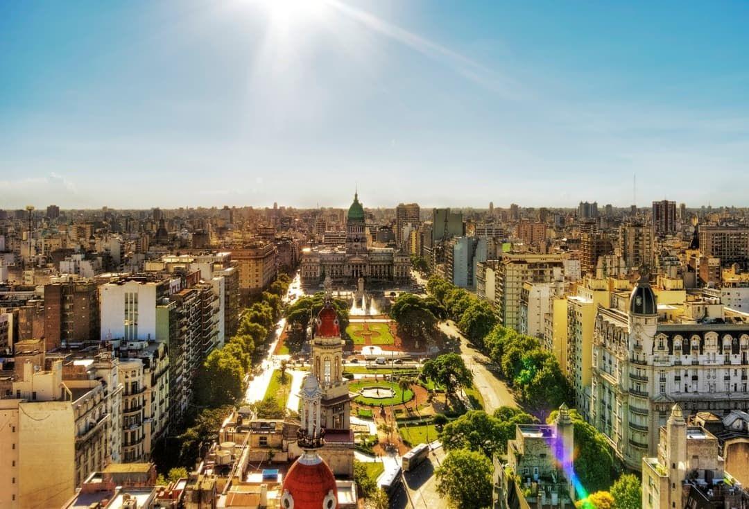 Článek Natalie Oreiro - Buenos Aires
